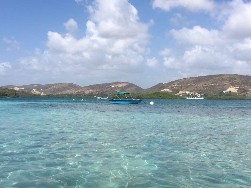 Torres Boat Service: La Parguera S/N, La Parguera, PR