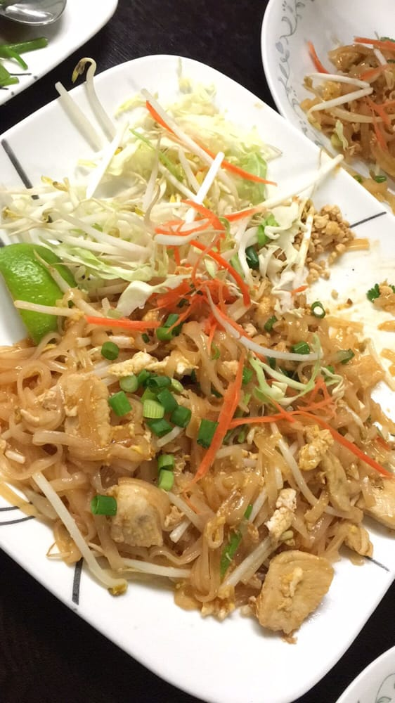 The amazing pad thai with chicken love yelp for Amazing thai cuisine north hollywood