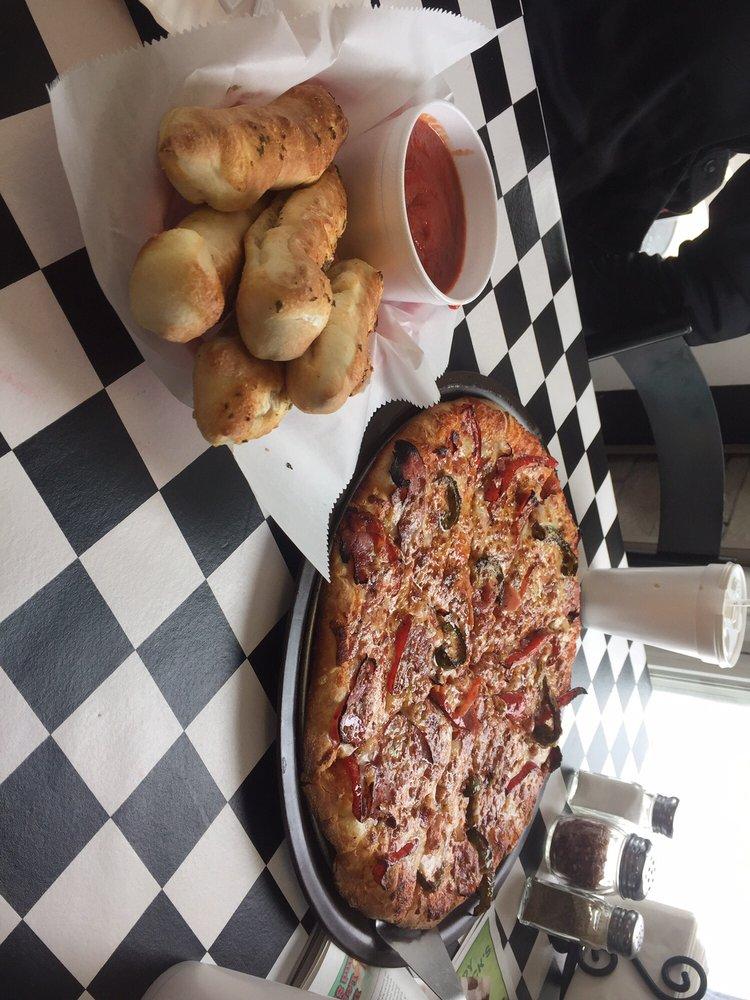 Coppola's Pizzeria: 20 Main St, Bemus Point, NY
