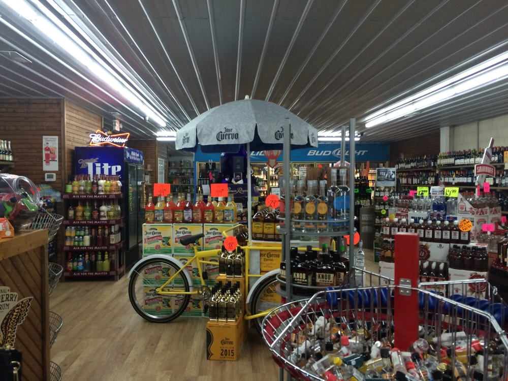 Hillbilly Liquor: 211 Hwy 641 N, Camden, TN