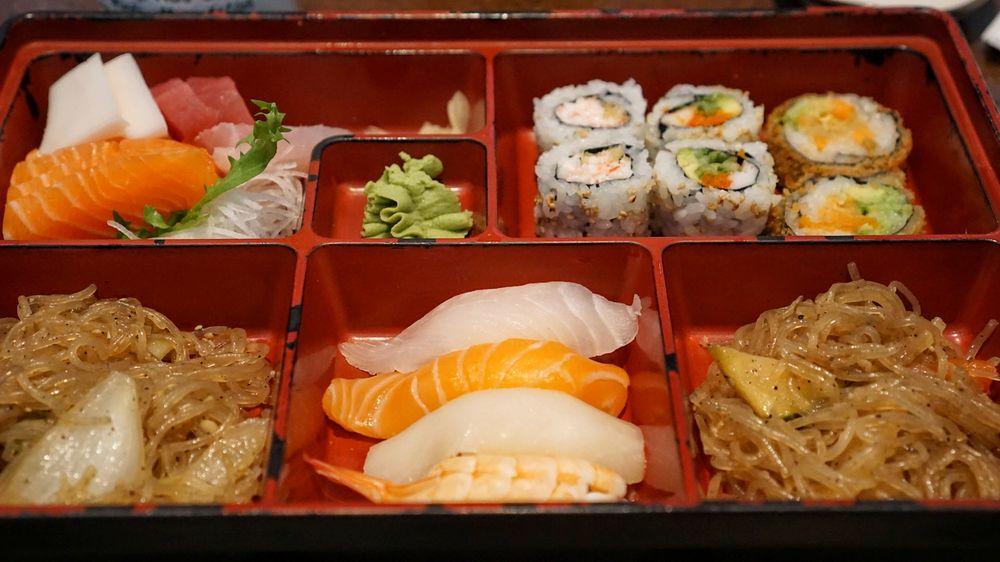 Gal's Sushi