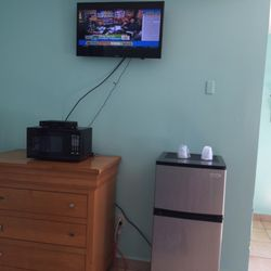 Photo Of Skylark Motel Perry Fl United States Fridge Was Super Clean