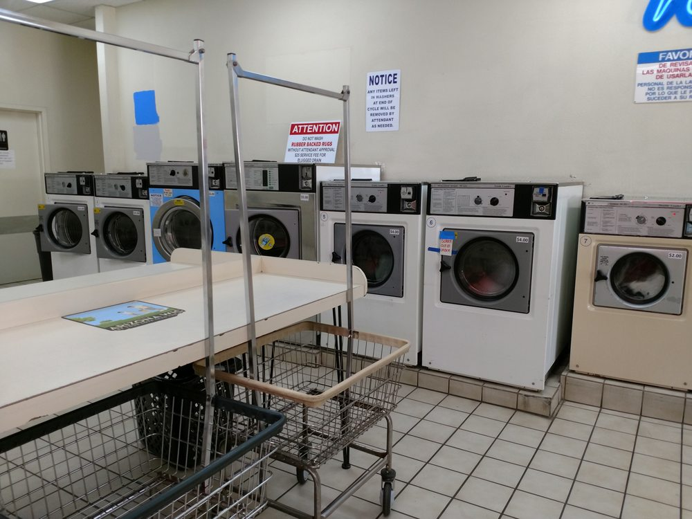 Suds Laundromat