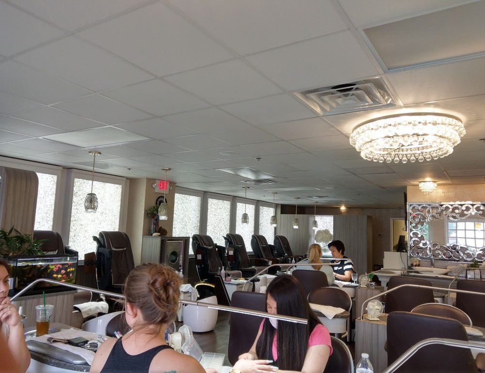 Bliss Nail & Lash Lounge: 5130 Duke St, Alexandria, VA