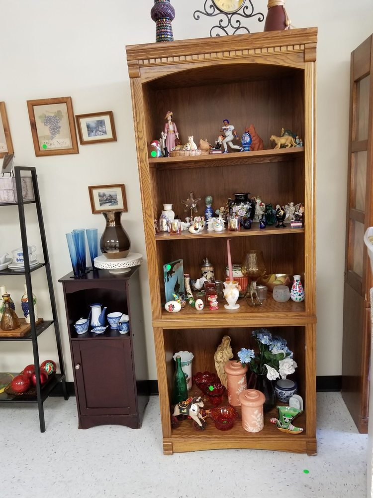 P & P's Fabulous Finds: 110 W Baltimore Pike, Clifton Heights, PA