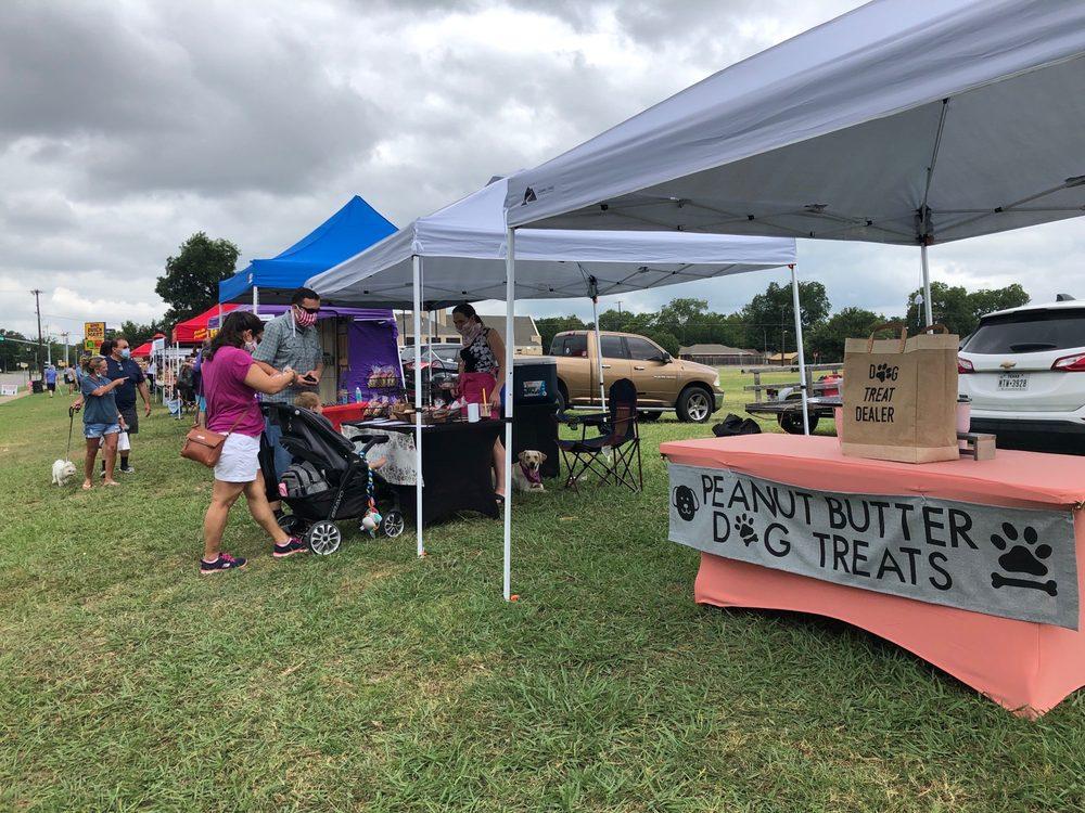 Denison Farmers Market: 400 W Chestnut St, Denison, TX