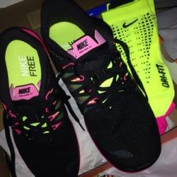 710d86eec2a8e Lady Foot Locker - CLOSED - Shoe Stores - 1450 Ala Moana Blvd, Ala Moana,  Honolulu, HI - Phone Number - Yelp