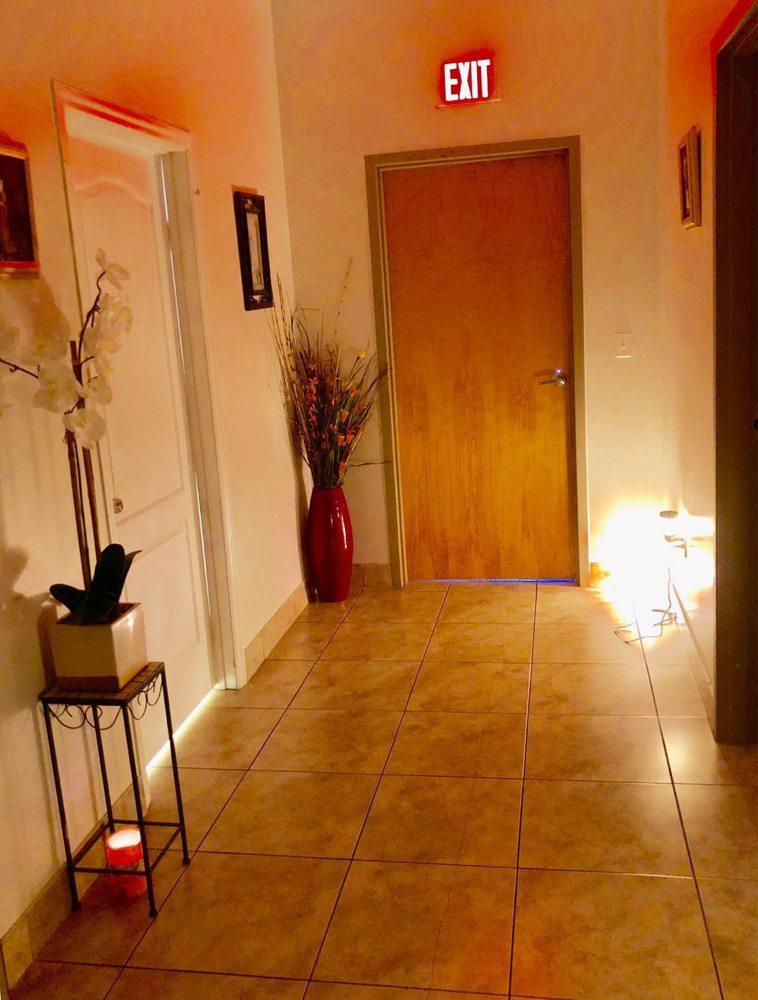 J.C. Acupressure Massage: 1004 Osceola Pkwy, Kissimmee, FL