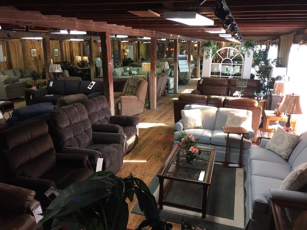 Magnolia Furniture: 40 S Main St, Magnolia, DE
