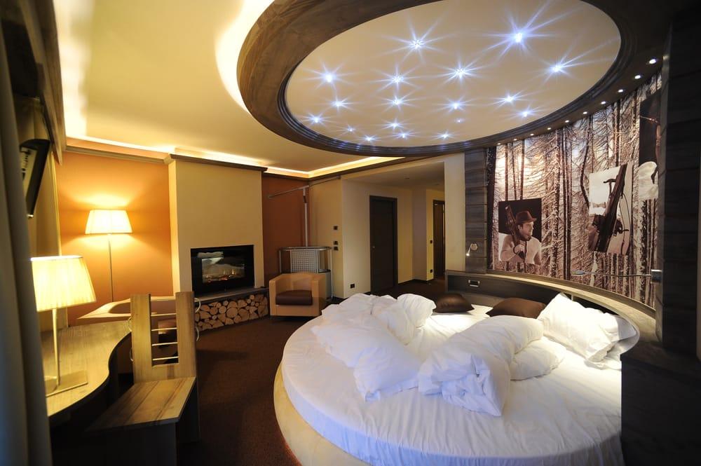 Snow ride marmolada suite con letto rotondo fuoco - Idromassaggio in camera da letto puglia ...