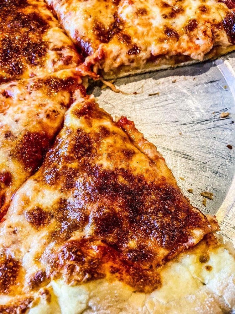 G & F Pizza Palace: 114 E 5th St, Benson, AZ