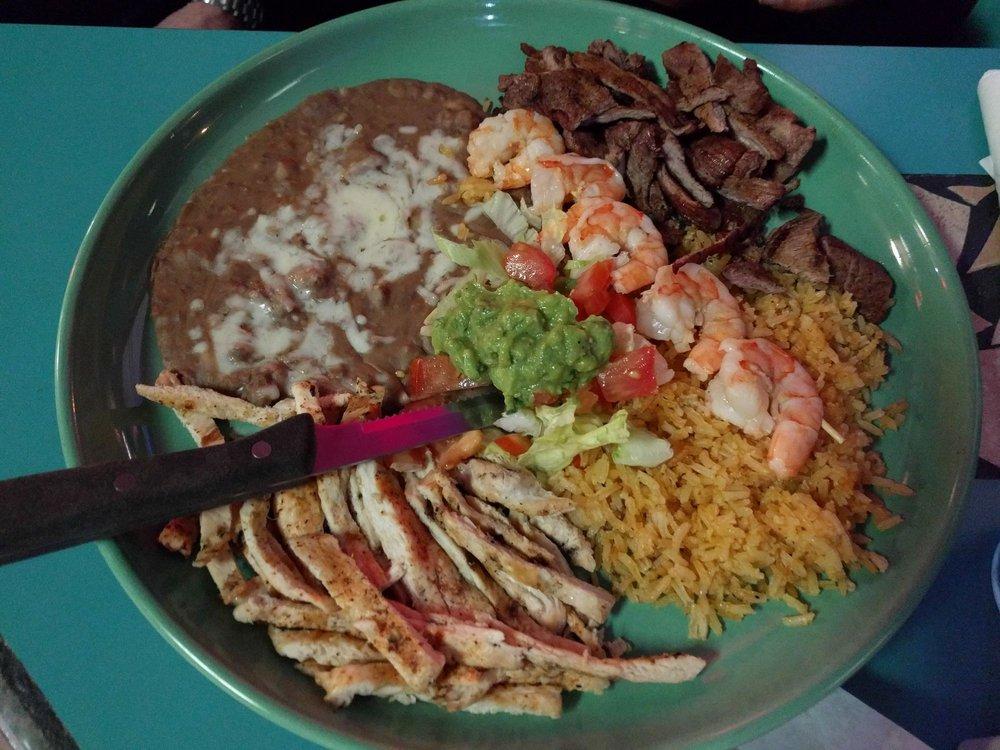 Ixtapa: 1015 Hwy 101, Florence, OR