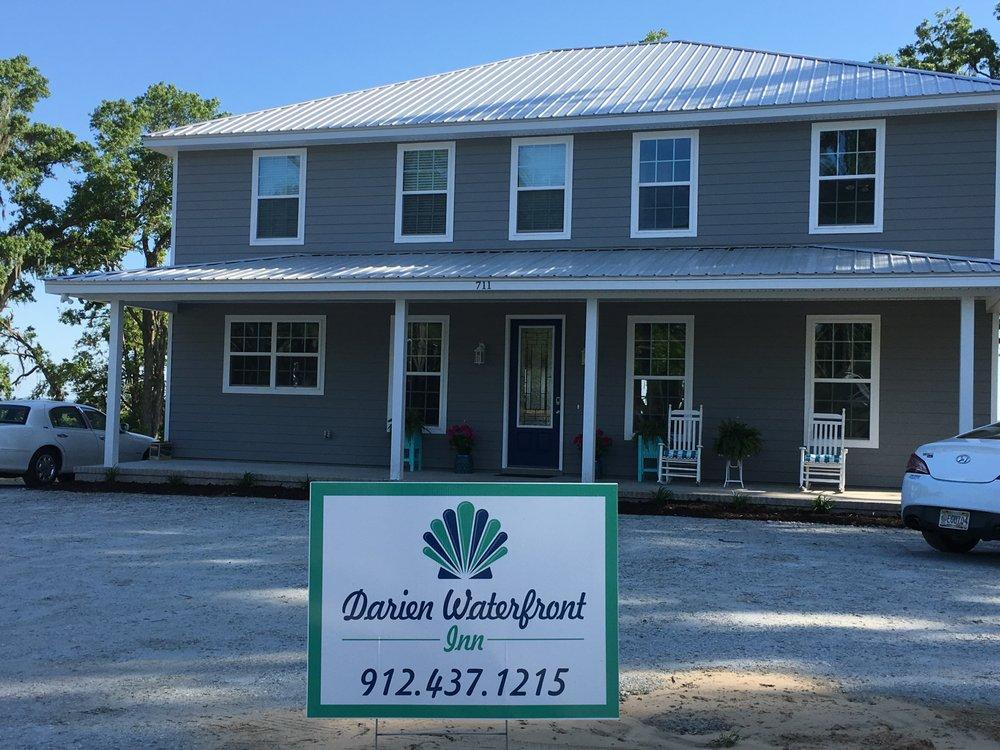 Darien Waterfront Inn: 711 Fort King George Dr, Darien, GA