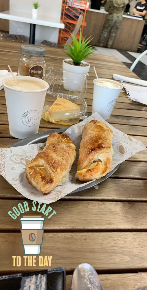 Harina Bakery: Carr. 110 Norte Km. 32. 4, Aguadilla Pueblo, PR