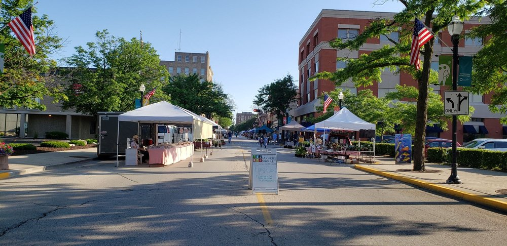 Downtown Fond Du Lac Farmers Market: 131 S Main St, Fond Du Lac, WI