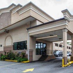 Photo Of Rodeway Inn Paterson Nj United States