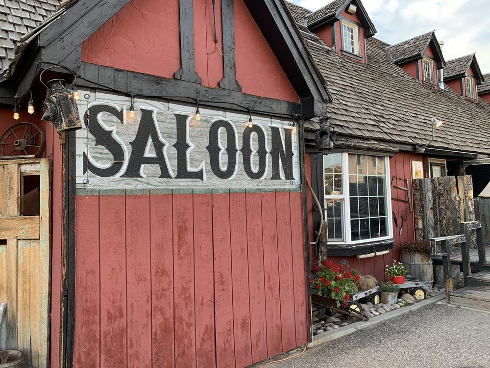 The Painted Lady: 40 County Rd, Evanston, WY