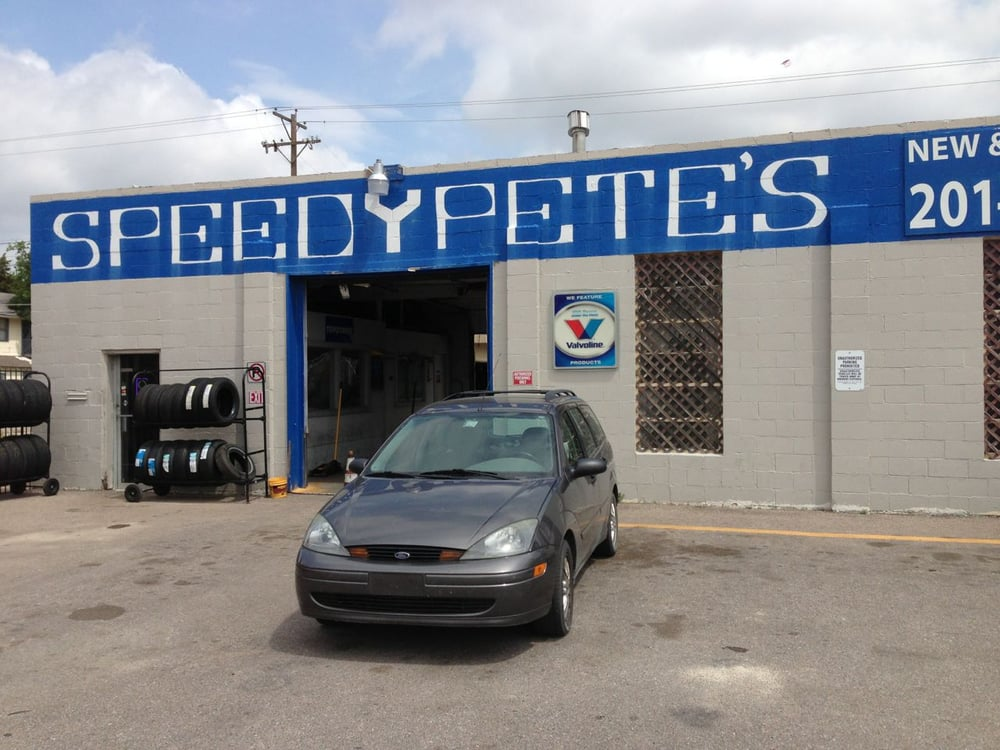 Speedy pete 39 s tires at 2118 e central in wichita yelp for Select motors wichita ks