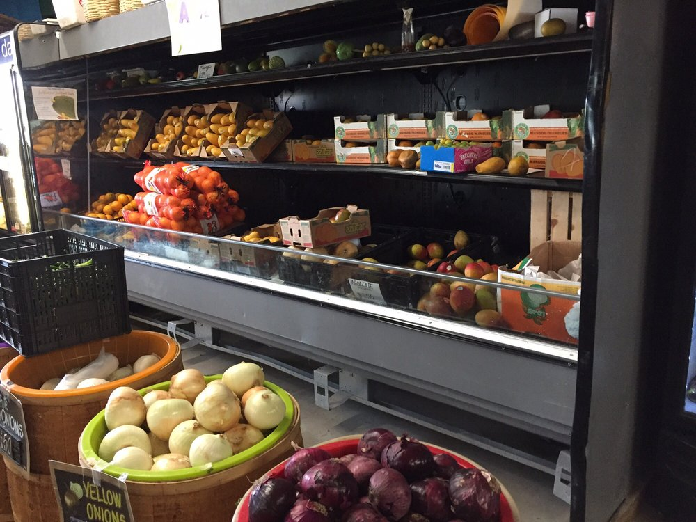 Valley Star Fruits & More: 6377 N Expy 77, Brownsville, TX