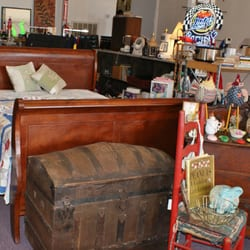 Attrayant Photo Of Auction Treasures Variety Store   Anniston, AL, United States.  Furniture ...