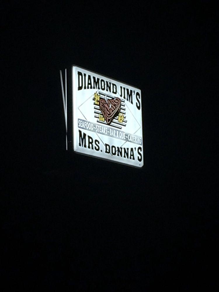 Diamond Jim's & Mrs Donna's: 440 Hwy 28 W, Livingston, AL