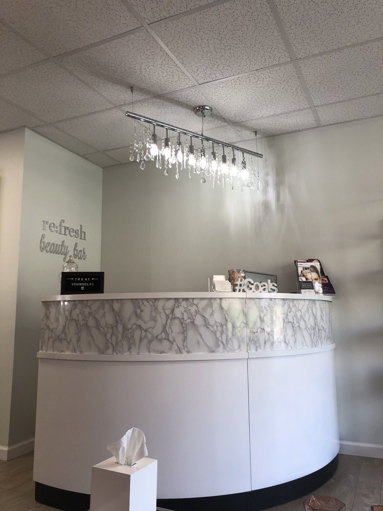 re:fresh beauty bar: 37 N Central Ave, Elmsford, NY