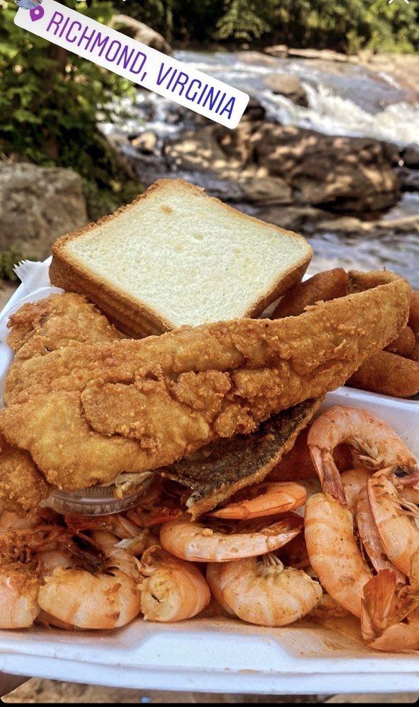 Sam's Crab House: 4100 Jefferson Davis Hwy, Richmond, VA