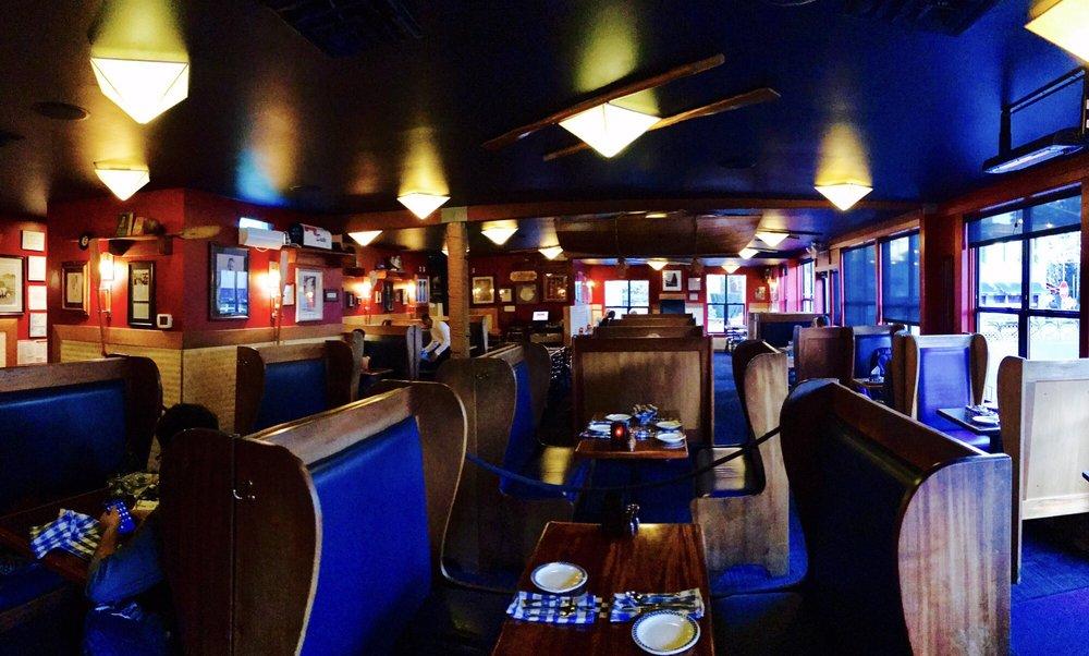 Duke S Restaurant Green Lake