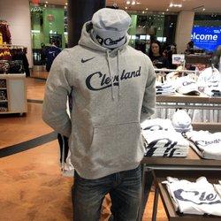 hot sale online a6509 e097a Cleveland Cavaliers Team Shop - 14 Photos - Sports Wear - 1 ...