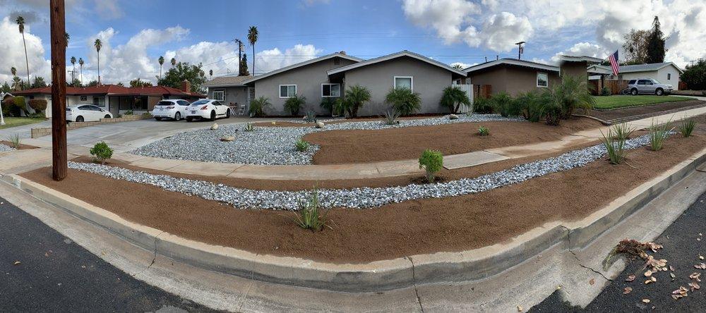 Modern Landscape: 700 E Redlands Blvd, Redlands, CA
