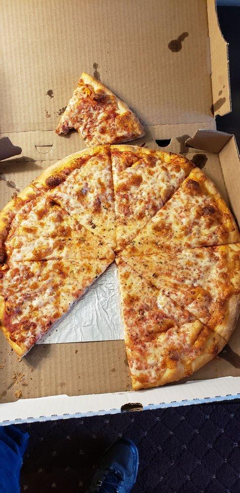 Johnny Mac's Pizzeria & Deli: 894 State Fair Blvd, Syracuse, NY