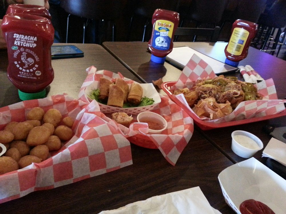 The Tin Plate 20 Photos 16 Reviews American Traditional 2233 South J St Elwood In Restaurant Phone Number Menu Yelp