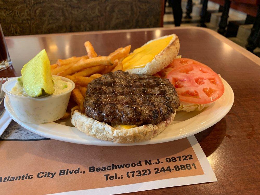 Sand Castle Diner: 634 Atlantic City Blvd, Beachwood, NJ