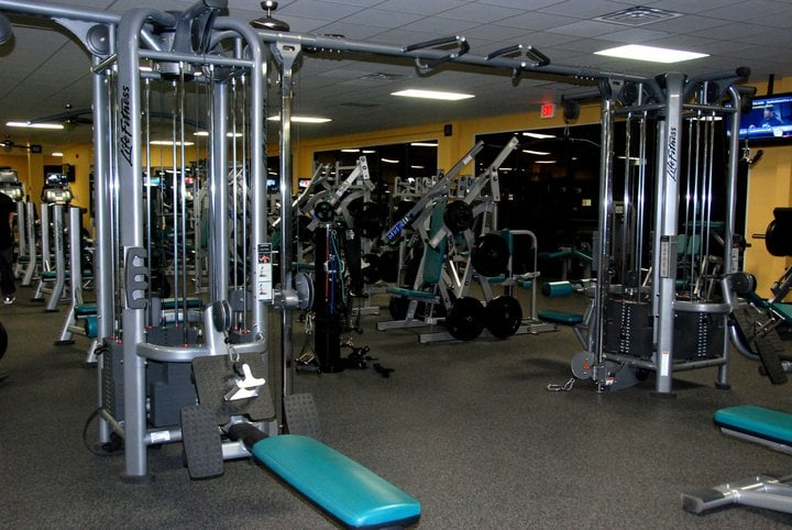 Adrenaline 24/7 Fitness Center: 5000 Benton Rd, Bossier City, LA