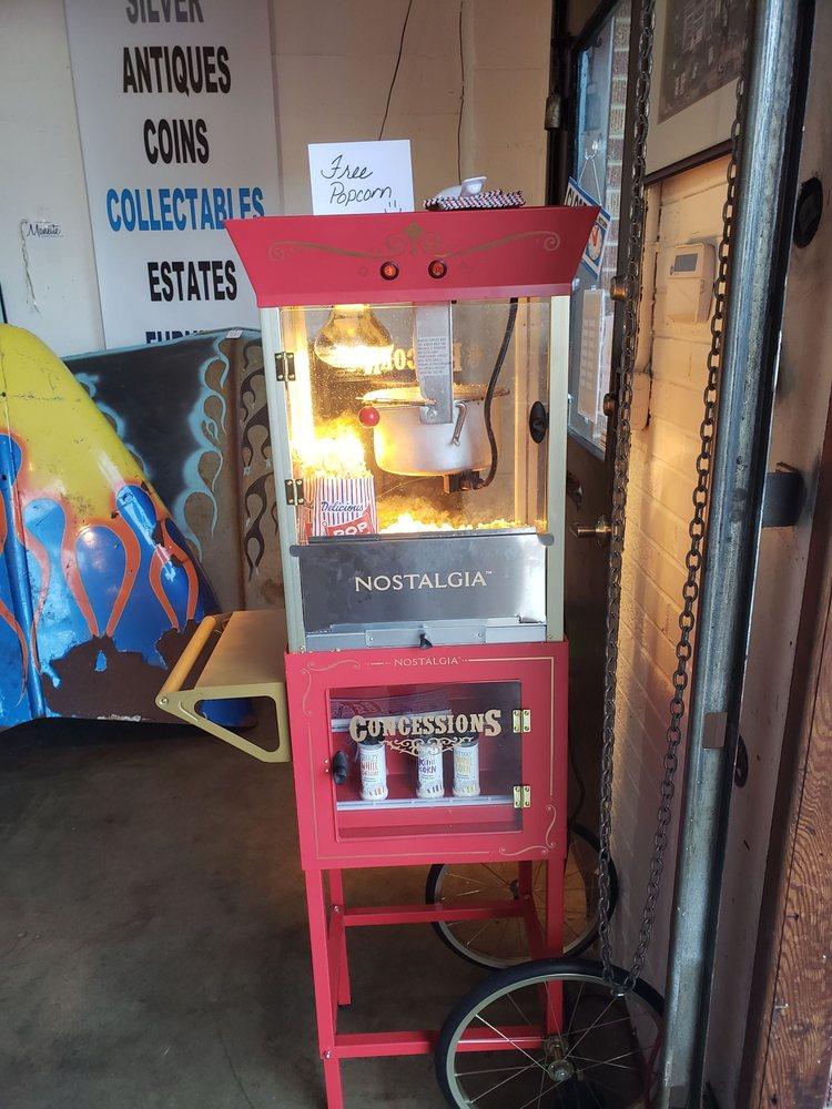 Manette Trading Co: 1025 Pitt Ave, Bremerton, WA
