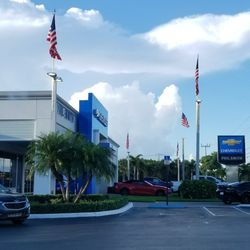 phil smith chevrolet 14 photos 57 reviews body shops 1640 n state rd 7 lauderhill fl. Black Bedroom Furniture Sets. Home Design Ideas