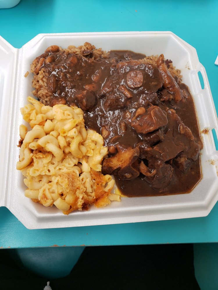 oxtail with rice  peas and mac  cheese  yelp