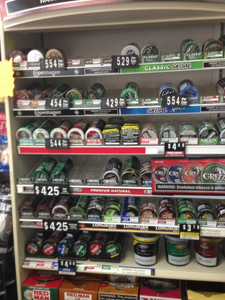 Chewing Tobacco Category Scrap, or looseleaf chewing tobacco, was originally the excess of plug manufacturing. It is sweetened like plug tobacco, but sold loose in bags rather than a plug. Looseleaf is by far the most popular form of chewing tobacco.