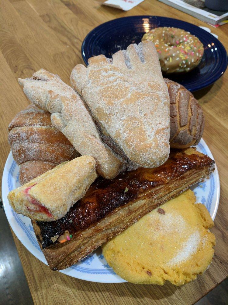 Guelaguetza Bakery: 16871 Al Highway 168, Albertville, AL