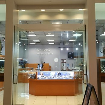 Information about possible store closing and store hours for: Sears in Temecula, California,