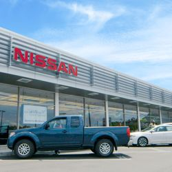 barberino nissan 74 photos 32 reviews car dealers 505 n colony rd wallingford ct. Black Bedroom Furniture Sets. Home Design Ideas