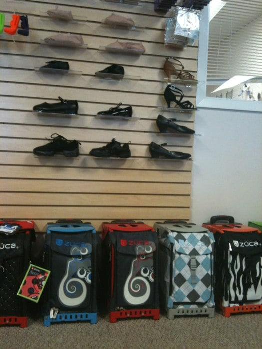 Houston Skate and Dance Shop: 5314 Bellaire Blvd, Bellaire, TX