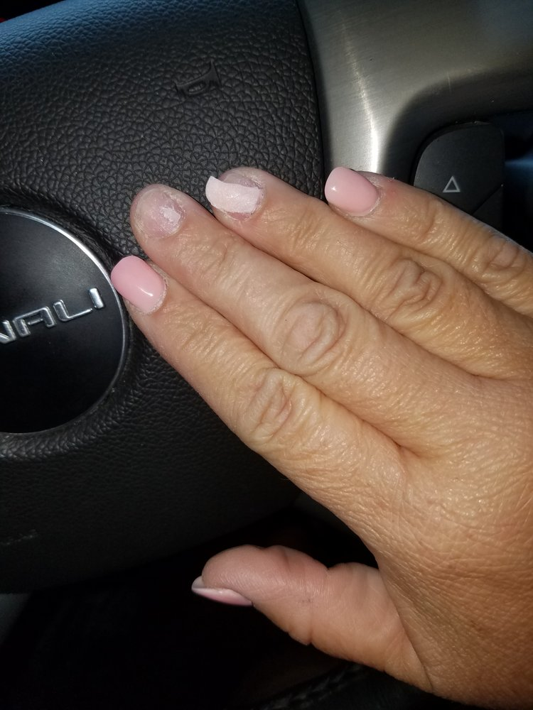 Modern Nails: 3600 Country Club Dr, Jefferson City, MO