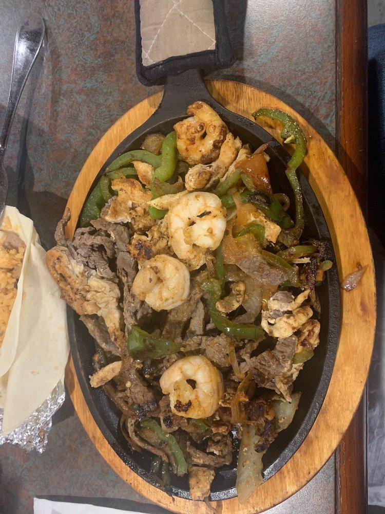 Javi's Mexican Restaurant: 3299 TN-46, Dickson, TN