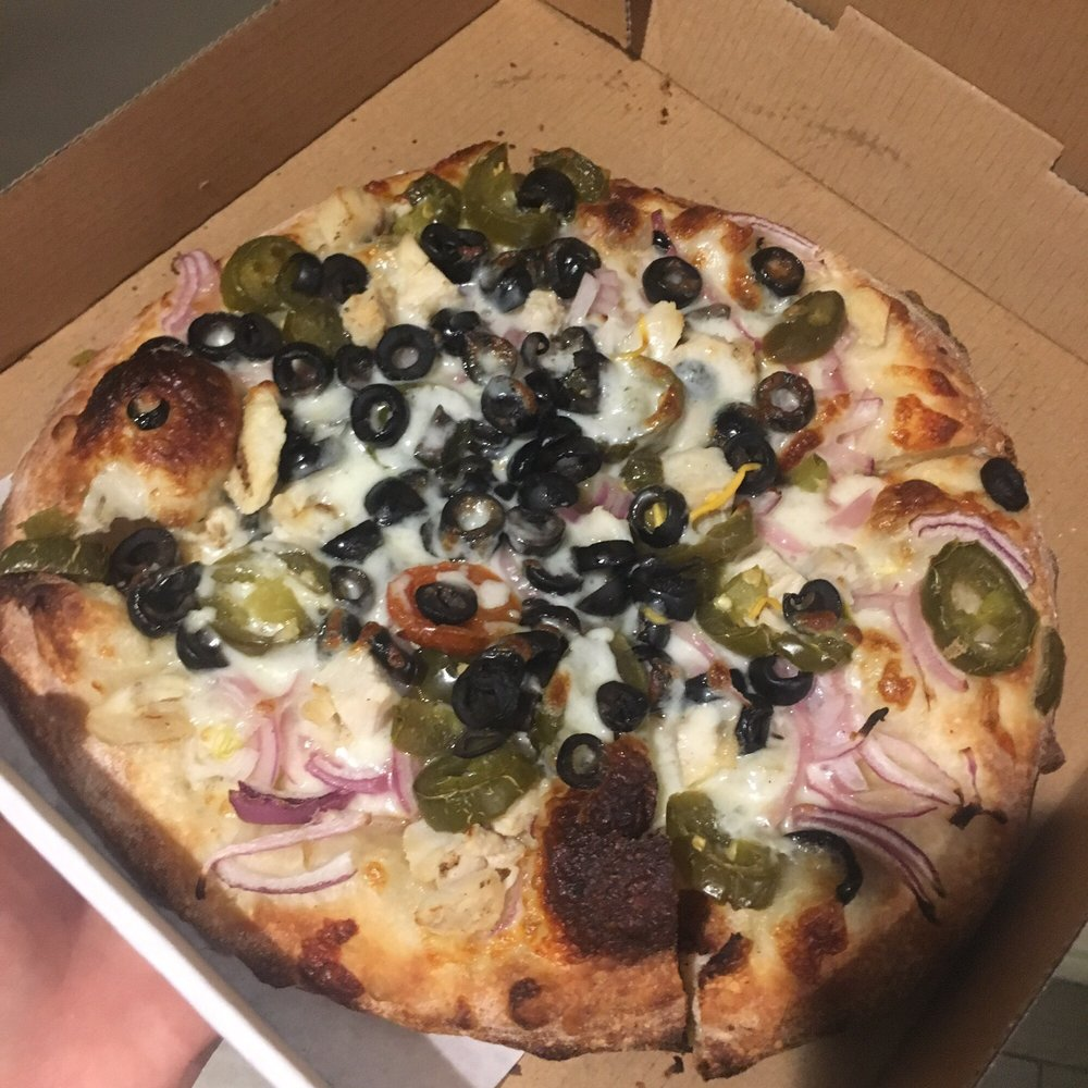 California Pizza Kitchen Glendale: Garlic Chicken S Size + Olives And Jalapeños It Is Bomb