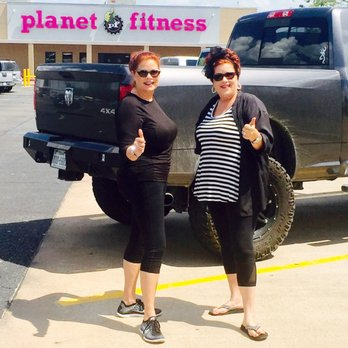 planet fitness  15 photos  10 reviews  gyms  1821 s