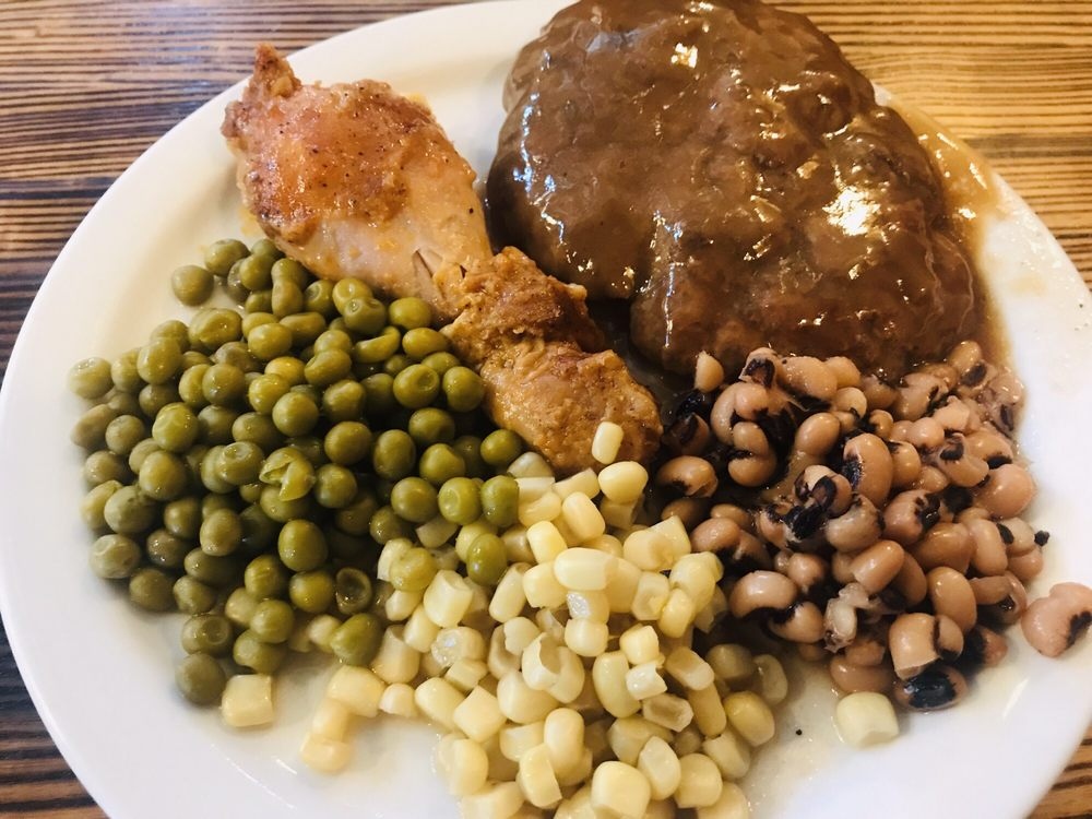 Rouse's Restaurant: 34 North Perry Dr, Snow Hill, NC