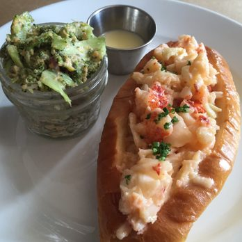 Photo Of Thames Street Oyster House   Baltimore, MD, United States. Lobster  Roll