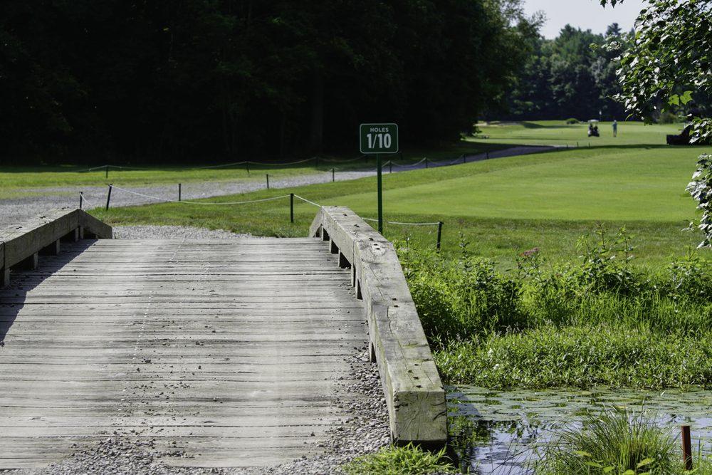 Social Spots from Joe & Leigh's Discount Golf Pro Shops