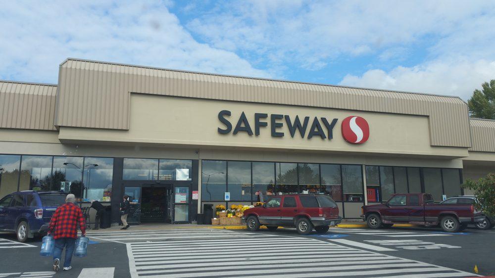 Safeway: 10 W Colville Ave, Chewelah, WA